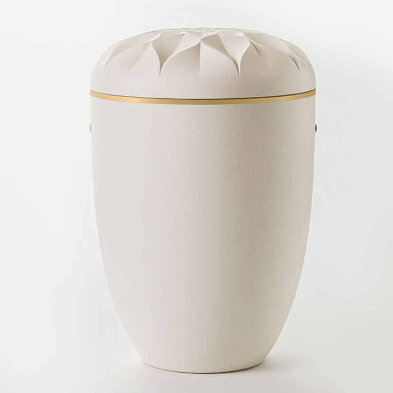 hvid urne med rosenlåg bisættelse