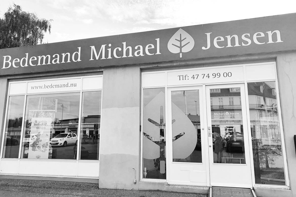 Bedemand Michael Jensen Hillerød-Arresø Begravelsesforretning